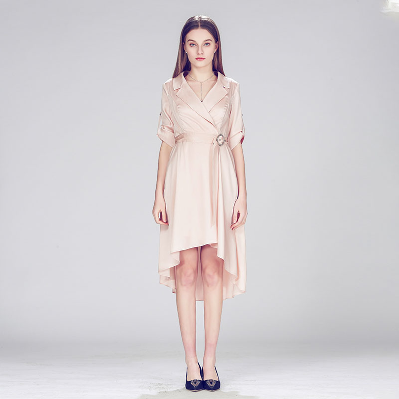 粉色气质名媛款不规则收腰连衣裙轻奢连衣裙