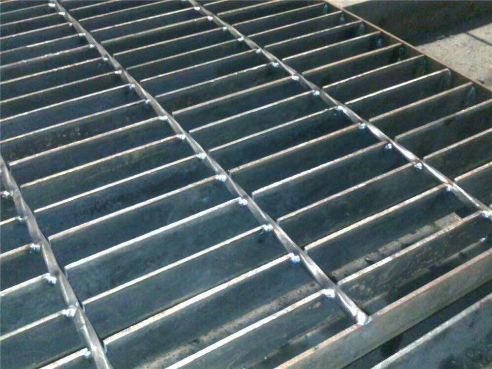 厂家批发热镀锌格栅板定制不锈钢电厂平台钢格板耐压重型钢格盖板