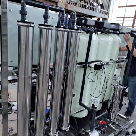 上海工业用ro纯水设备,环保反渗透纯净水汇泉定制