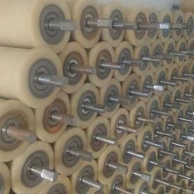 矿用200*300尼龙地轮 加工浇注各种规格聚氨酯托绳轮