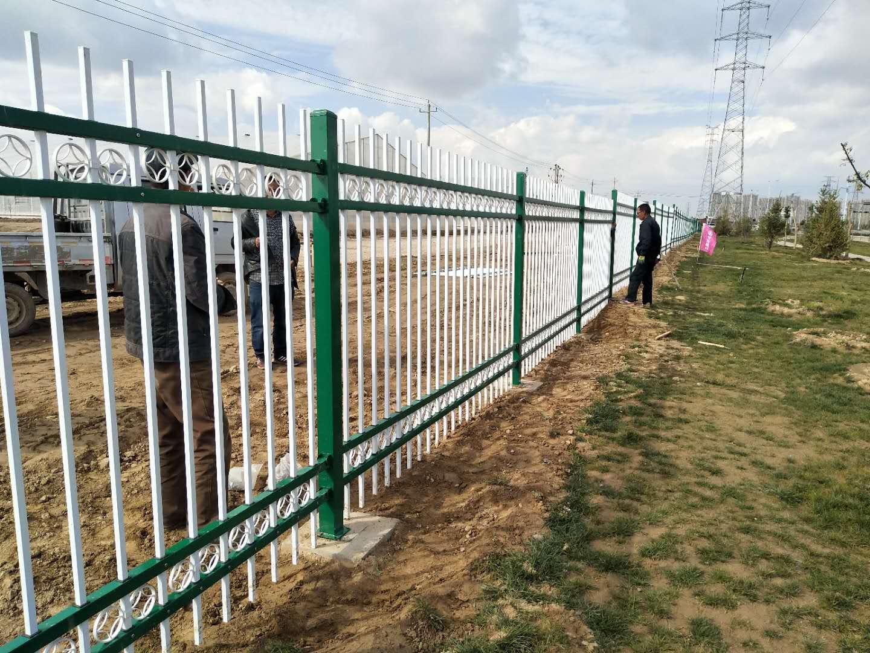 阳台护栏道路护栏草坪护栏锌钢护栏