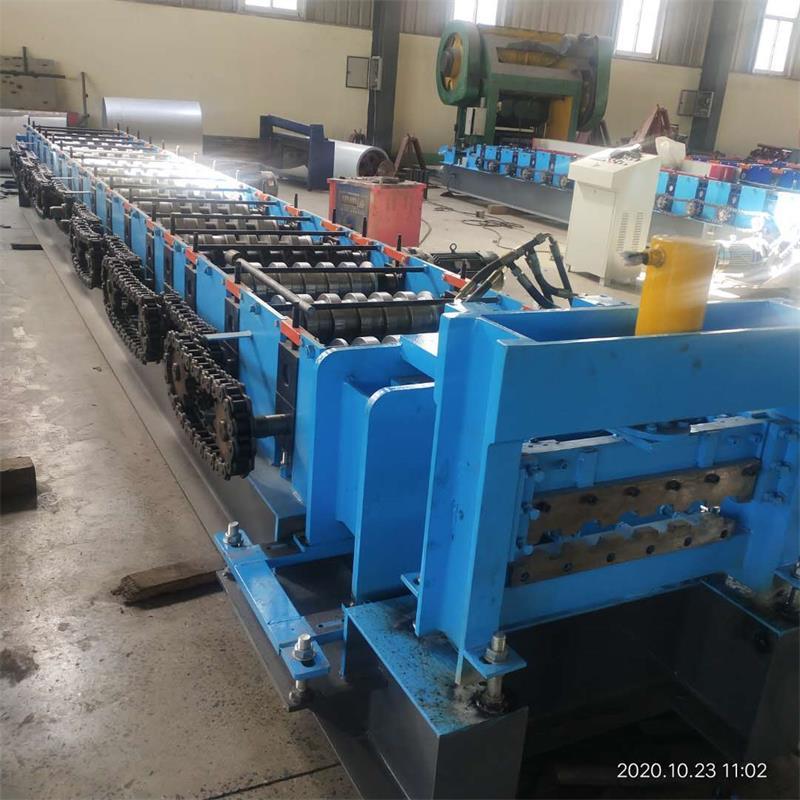泊头兴和供应400/500钢跳板设备钢跳板压型设备