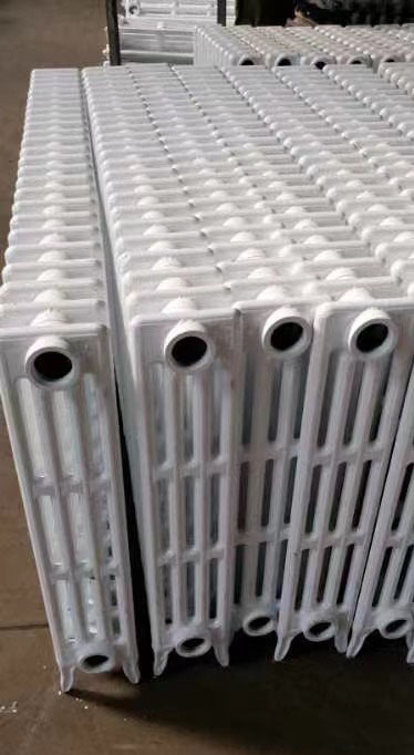 内腔无砂铸铁喷塑散热器四柱760 辐射对流700  600