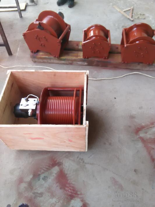 变速箱高低速卷扬机、液压绞车、液压绞盘