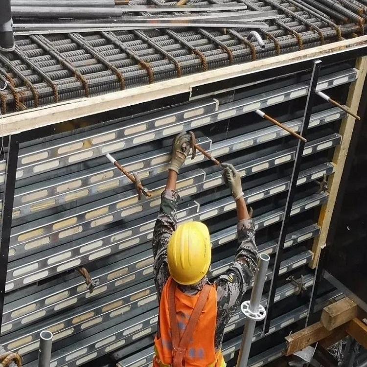 镀锌钢包木A河北奥宏钢包木生产厂家
