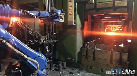 看过这几点您就知道锻造企业为何选择工业机器人生产